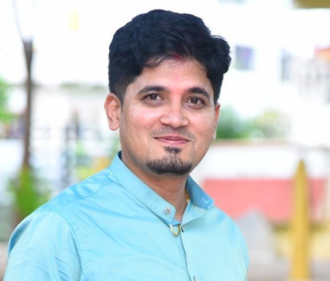 Girish Murnal